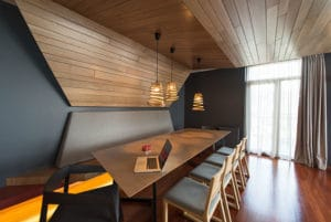 Modern dining room: redecorate or renovate your home after divorce