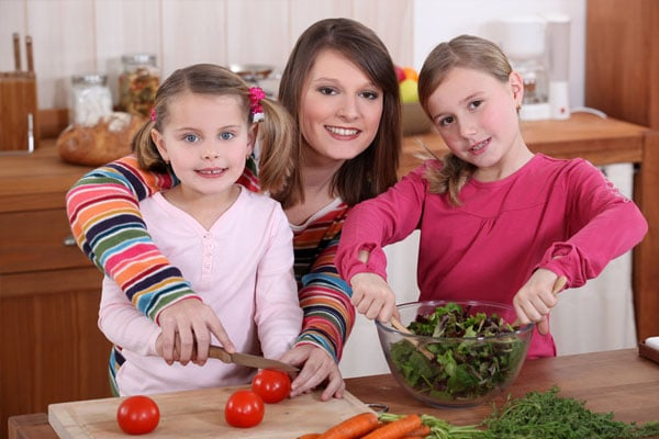 Bonding Through Food After Divorce: How to Teach Your Child to Cook