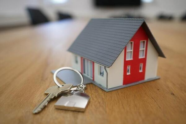 Divorced? Consider These 5 Things Before Buying a New House